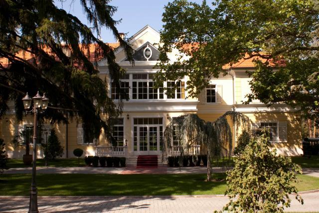 Chateau Visz Kastélyszálló*****