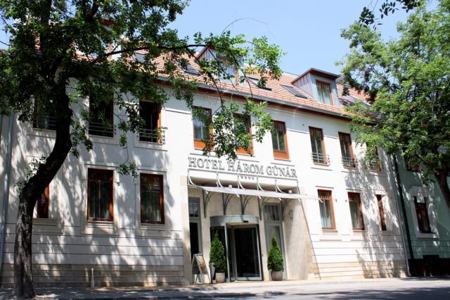 Hotel Három Gúnár és Rendezvényház****
