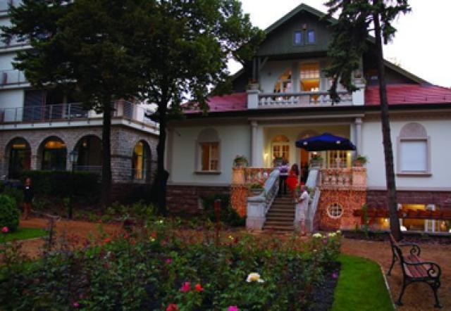 Alba Villa Apartmanhotel