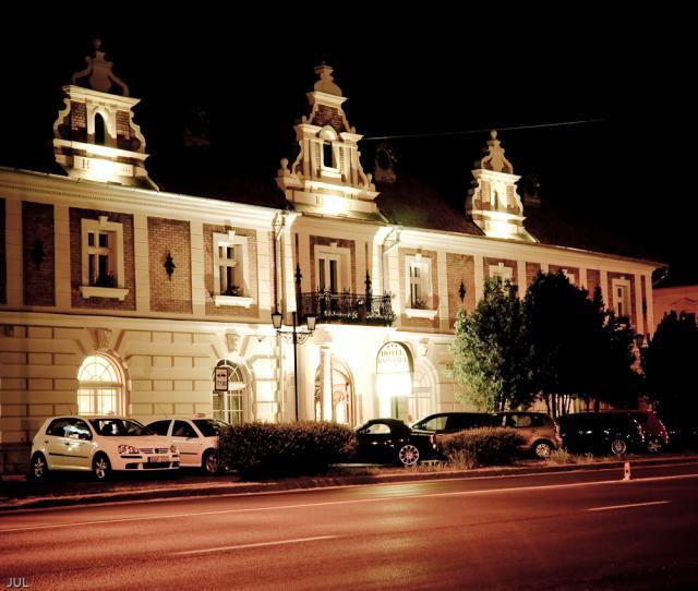 Kristály Imperial Hotel & Pálma Rendezvényház****